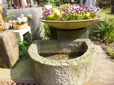 stenen tuinbak