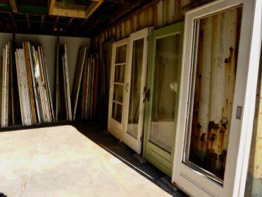 oude schuifdeuren-binnen en buitendeuren