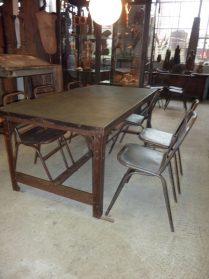 geklonken tafel met stenen blad 185 x 95