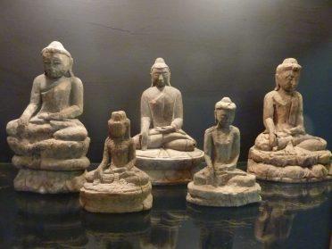 Birmese boeddha's 16/19 cm. hoog