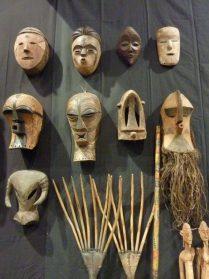Songue, Dogon, Lega maskers