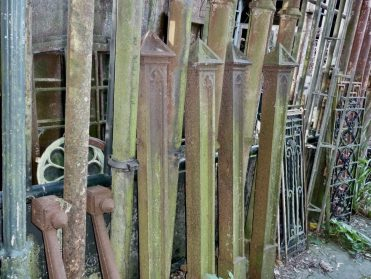 oude franse gietijzeren hekpalen