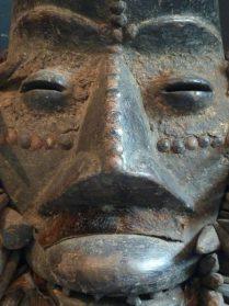 Afrikaans Quere masker