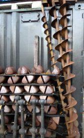 industriele meelbakjes uit schoepenrad + franse  ijzeren spiralen