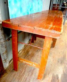 3 houten café-tafels uit Luik inklapbaar 60 x 100 cm.