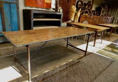 voormalige oude internaat-tafel
