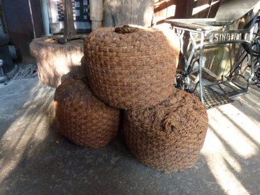 bolders van touw voor boot
