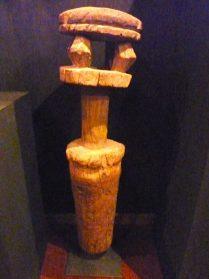 Dogon muildierpaal 80 cm. hoog
