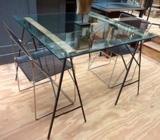 Glazen Design tafel