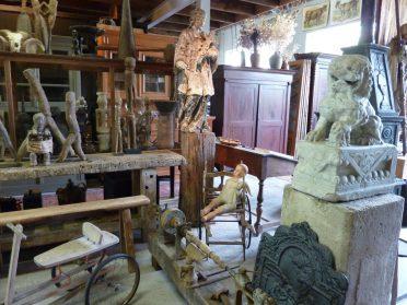 Brocante-Tribale Kunst-Nepalmuk houten beeld uit Oostentijk