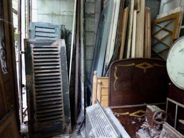 oude houten raamluiken